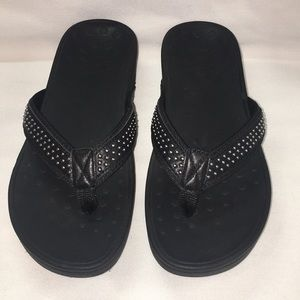 New Vionic Kehoe Studded Wedge Sandals